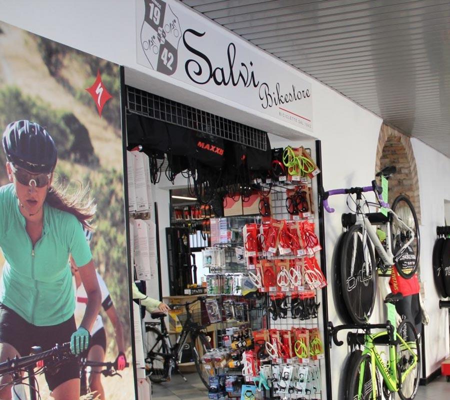 Salvi Bike Store Zogno - Goccia di Resina - Sharing Orobie - Appartamenti Serina